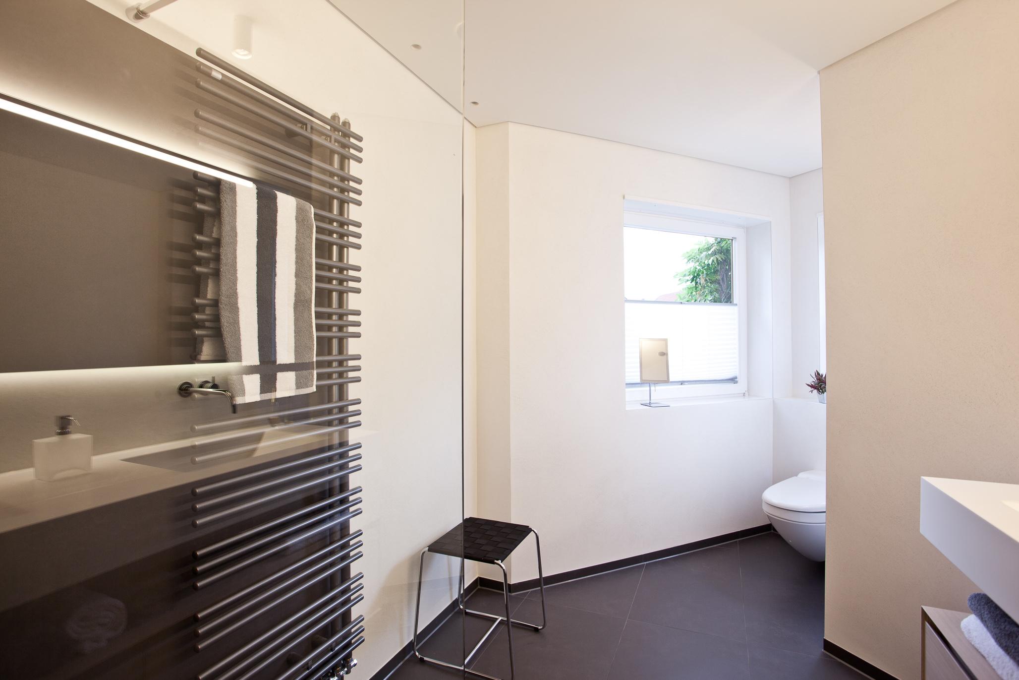 kalkputz badezimmer decke. Black Bedroom Furniture Sets. Home Design Ideas